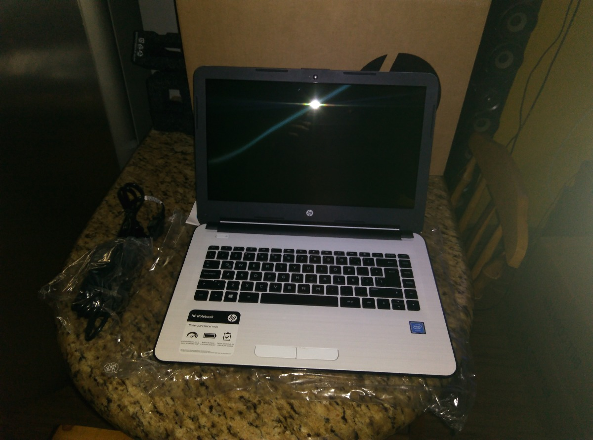 Laptop Hp Notebook 14 Am003la Bs 12 00 En Mercado Libre
