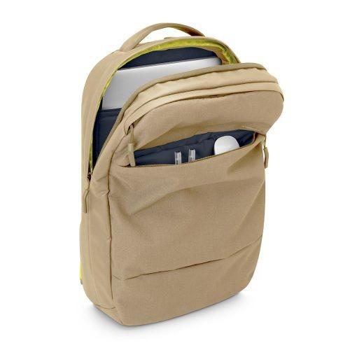 laptop incase mochila