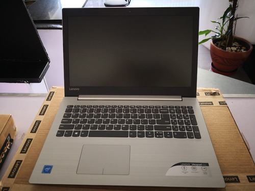 laptop lenovo ideapad 320 gris 4gb ram 1tb 15.6  win 10 !!!