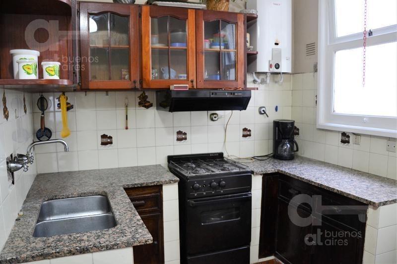 las cañitas. departamento 2 ambientes con terraza. alquiler temporario sin garantías.