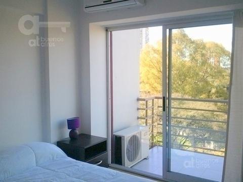 las cañitas. moderno loft con balcón. alquiler temporario sin garantías.