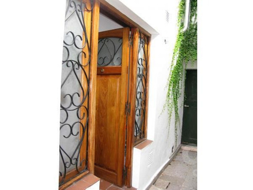 las cañitas. ph 2 ambientes con terraza y balcón. alquiler temporario sin garantías.