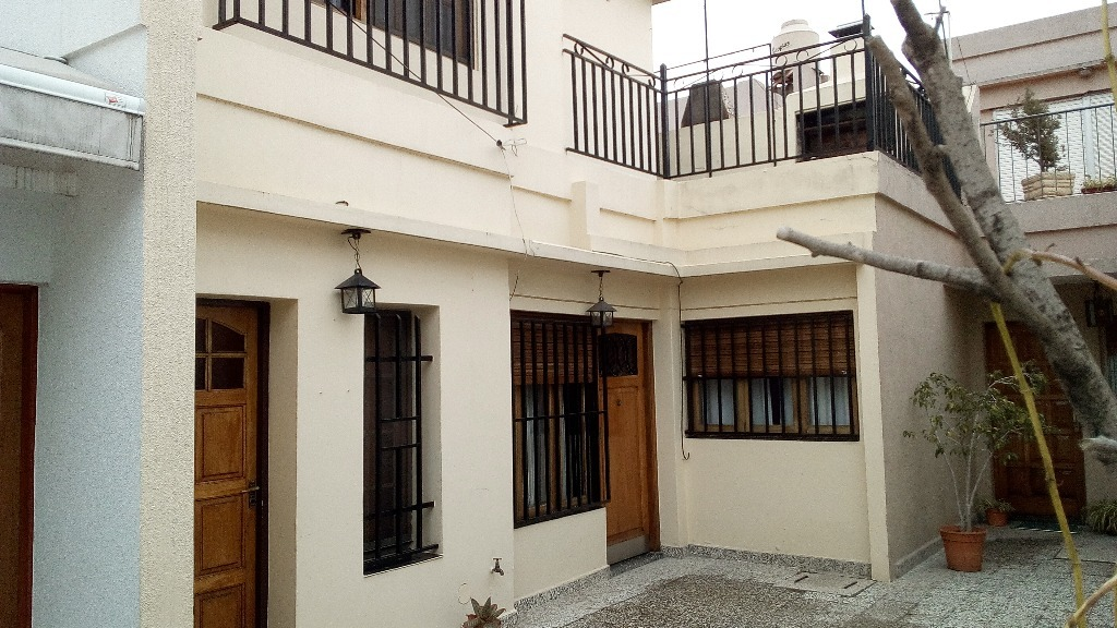 las heras 1500 - ramos mejía - casas casa - venta