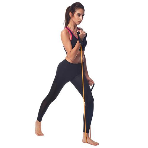 las mujeres de la moda de sujetadores deportivos y yoga pant