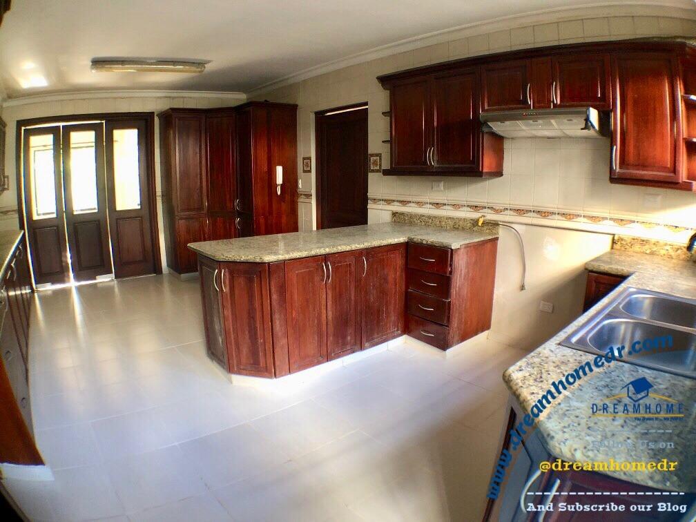 las praderas, exclusiva y elegante casa id.2494