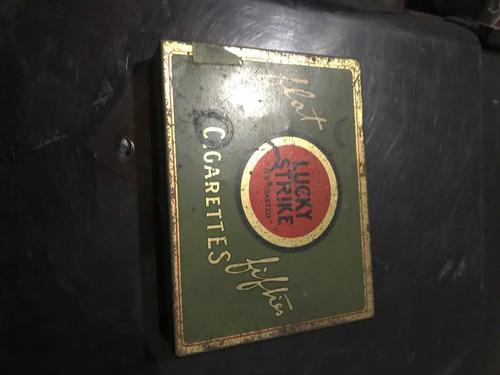 lata cigarrera antigua 1945 lucky strike militar [20v]