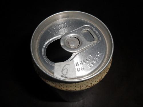 lata de cerveja hires de ferro antiga vazia