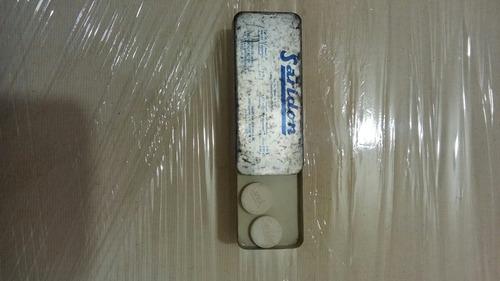 lata de saridon antigua de los años 50s