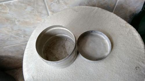 lata em metal antiga 10 cm aproximado