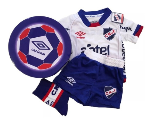 lata pack de nacional umbro camiseta short medias niño niña