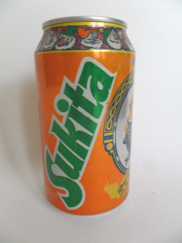 lata vazia latinha refrigerante sukita feliz disney no gelo