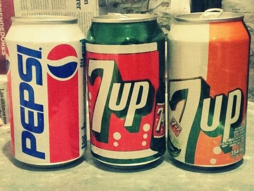 latas vintage de coleccion seven up y pepsi , vacias