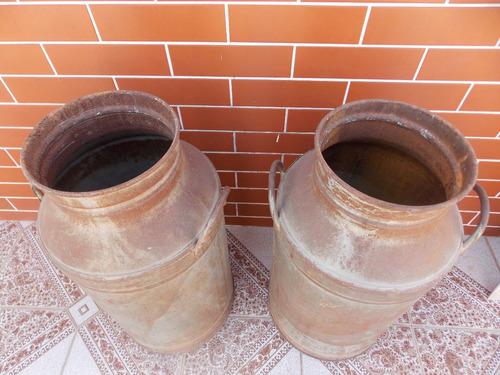 latões de leite de 20 lts .antigo  decorativos
