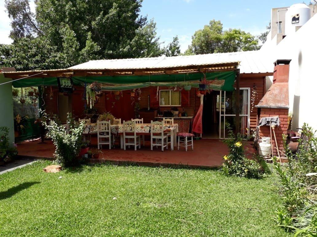 latorre prop vende casa de 4 amb en b° las margaritas