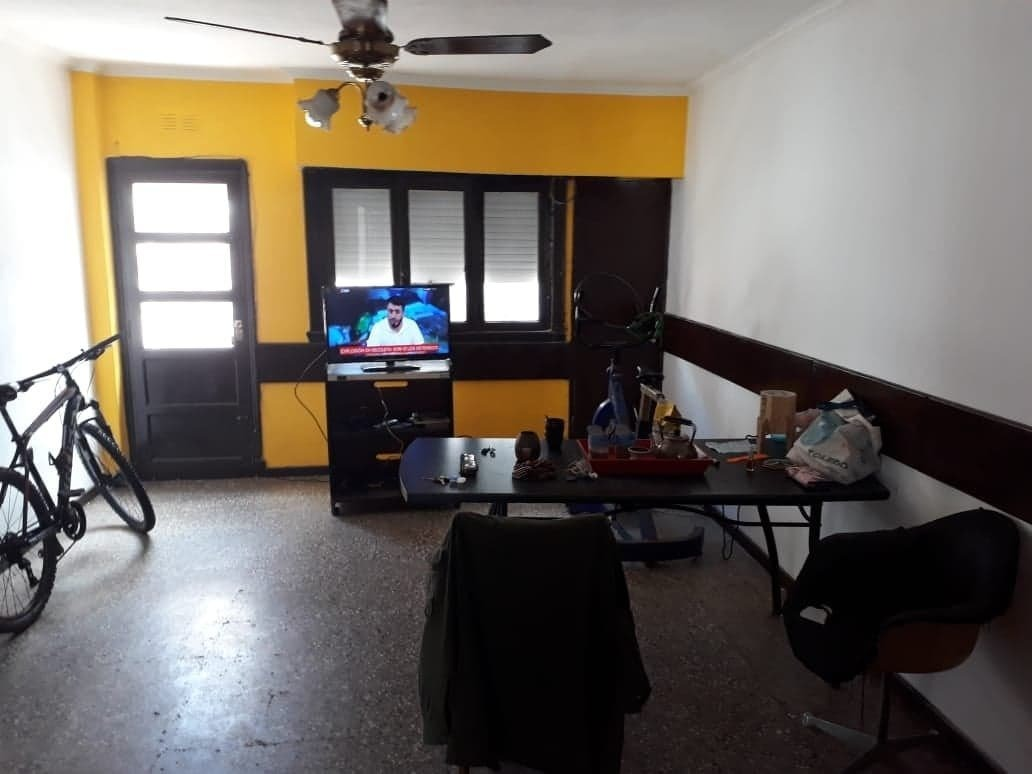 latorre prop. vende chalet de 4 amb con amplio garage y patio