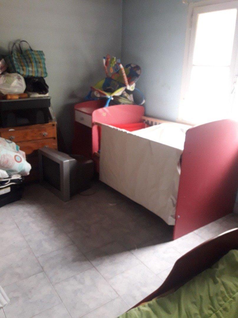 latorre prop. vende chalet de 4 amb con hermoso parque y garage - quincho
