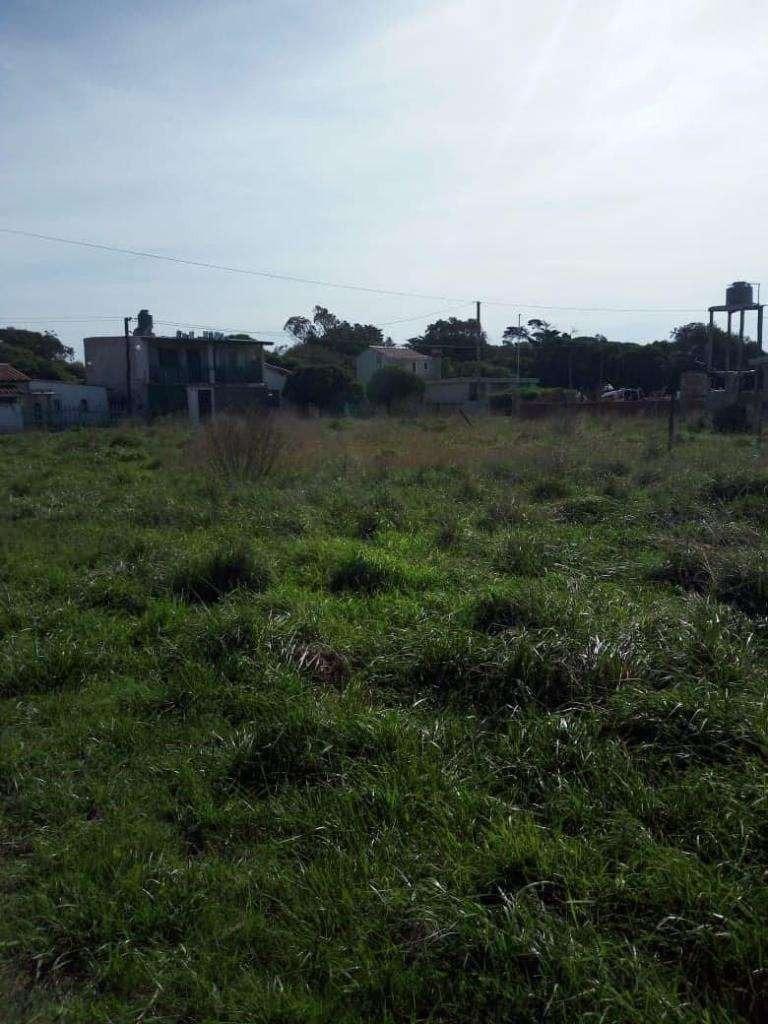 latorre prop. vende lote en parque peña a 1 cuadra de la ruta 11