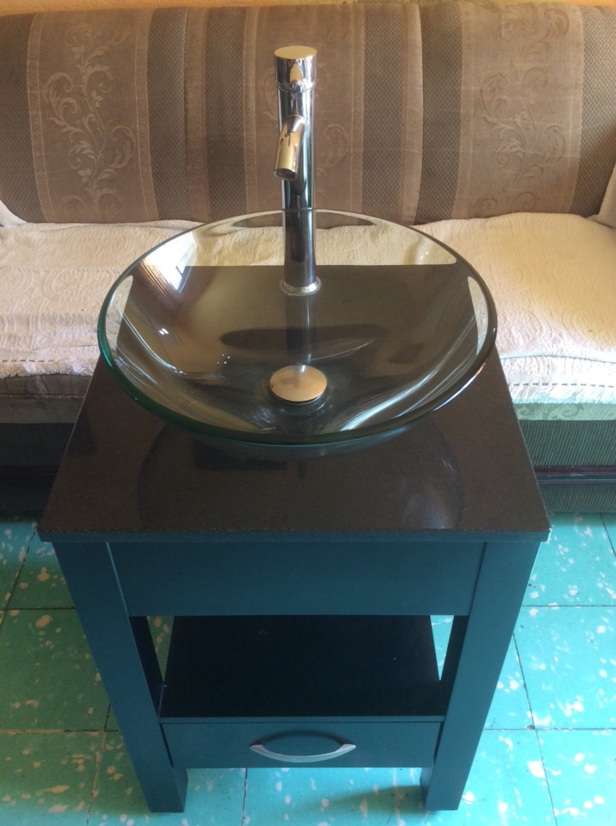 Lavabo de vidrio con pedestal de madera 2 en for Lavabo vidrio