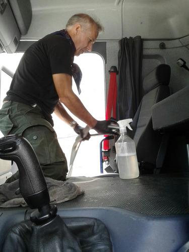 lavado de interior cabina camion scania mercedes vw ford