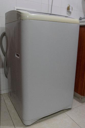 lavadora electrolux acqua turbo 6.8kg 15lb blanca