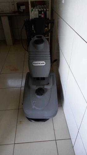 lavadora industrial de piso