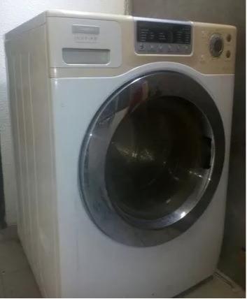 lavadora secadora electrolux 12 kg lavado  para reparar