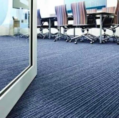 lavagem e higienização de carpetes, tapetes e cortinas