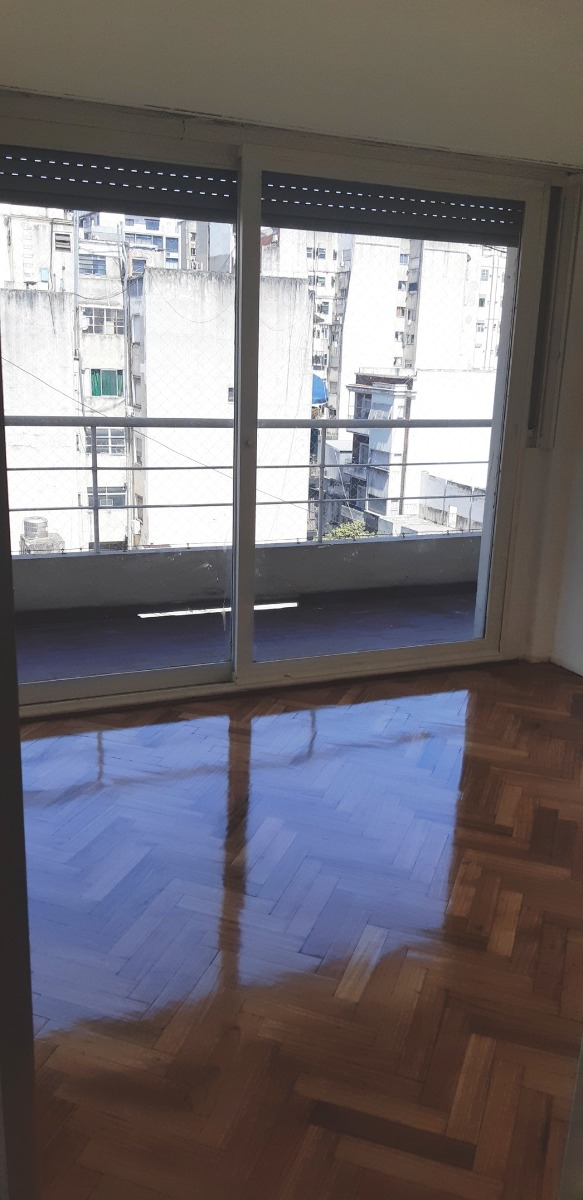 lavalle 2200 - balvanera - exc. 4 amb. c/dep