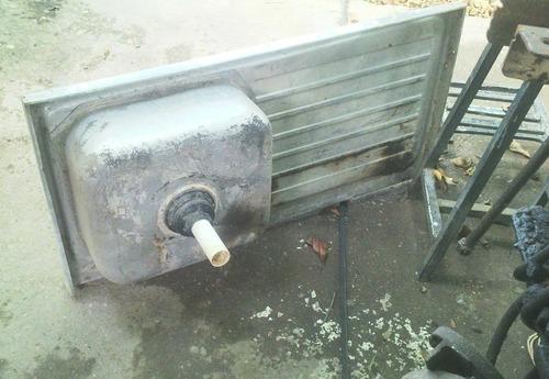 lavaplato en acero inoxidable con escurridero