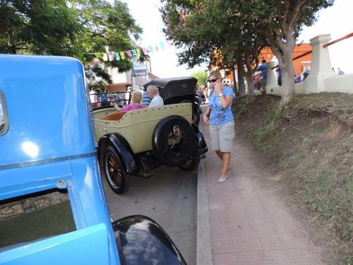 laverda 1960. ford a 1929 2 puertas. chevrolet 1928.