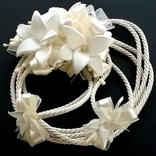 lazo de boda cordón lilis flores hecho a mano