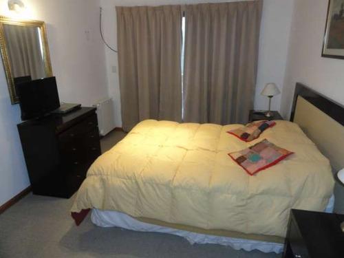 lc175 excelente departamento en cerro catedral. 1 dormitorio