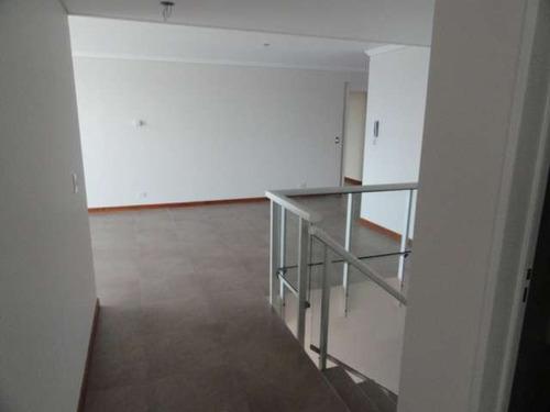 lc20 excelente departamento en centro. 3 dormitorios
