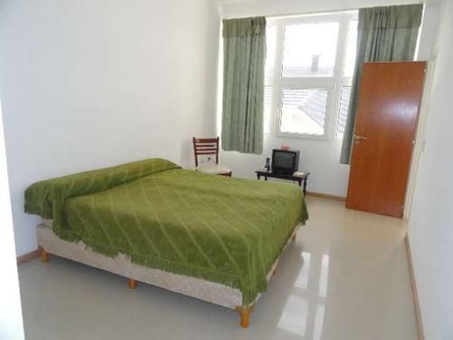 lc202 excelente departamento en centro. 3 dormitorios