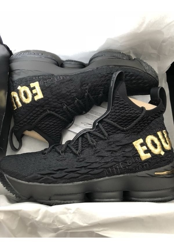 detailed look 3ac57 89186 Lebron 15 Equality