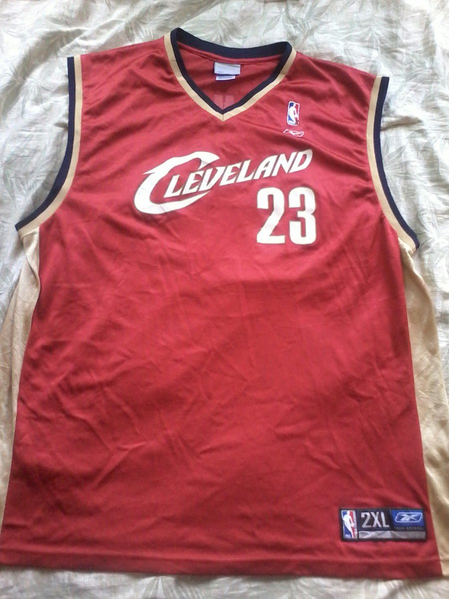 timeless design 023a4 53428 Lebron James 23 Jersey Reebok 2xl - $ 400.00