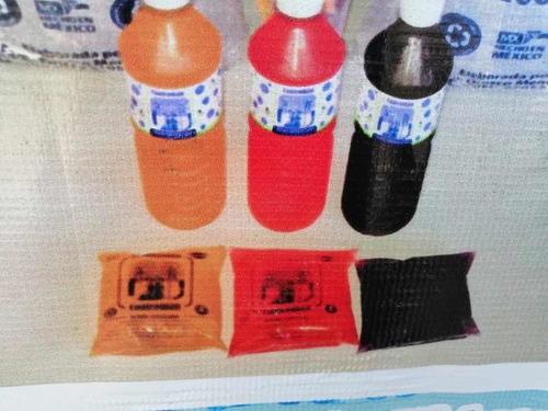 lechuguillas y botellas de sabor