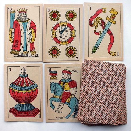 lectura de cartas - consultas al tarot