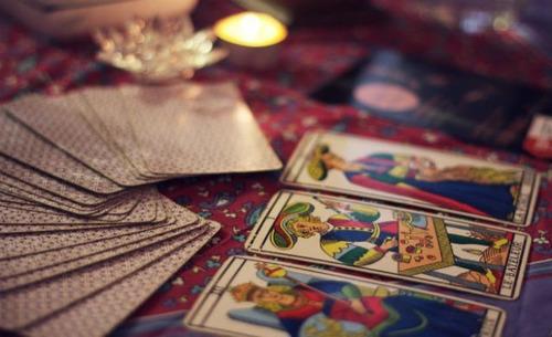 lectura de cartas de tarot y amorres de amor