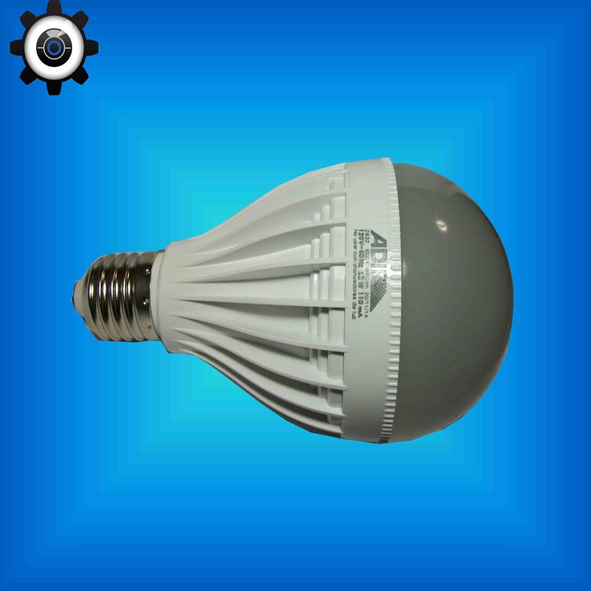 Foco led tipo bulbo de 12 watts equivale a un foco de for Focos led jardin