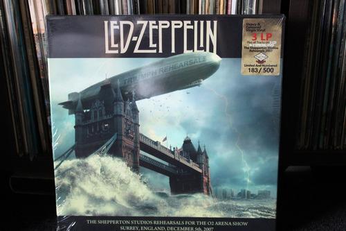 led zeppelin  triumph rehearsals,box com 3 lps ,2cds,2dvds