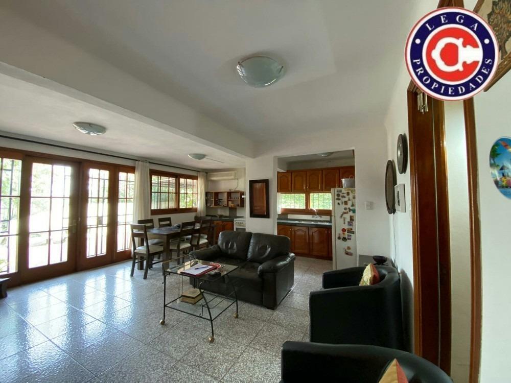 lega propiedades vende excepcional residencia céntrica.