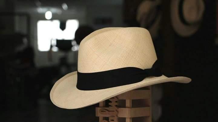 Legítimo Sombrero Aguadeño. 100% Original. -   174.900 en Mercado Libre 0d11d0339e6
