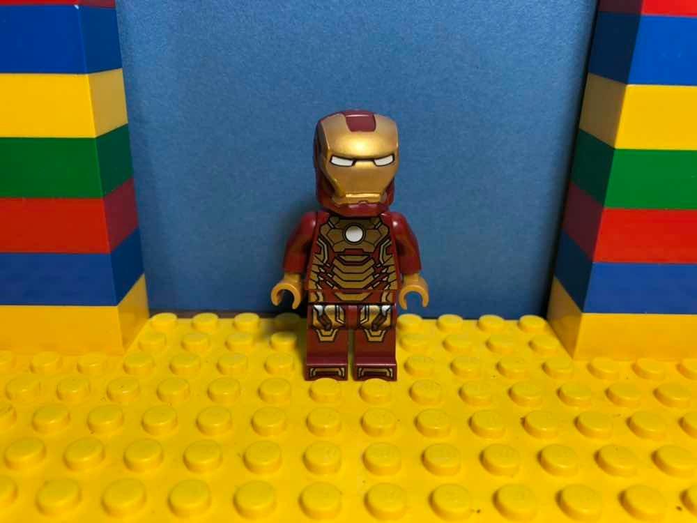 Lego 76007. Iron Man Mk 42. Marvel.