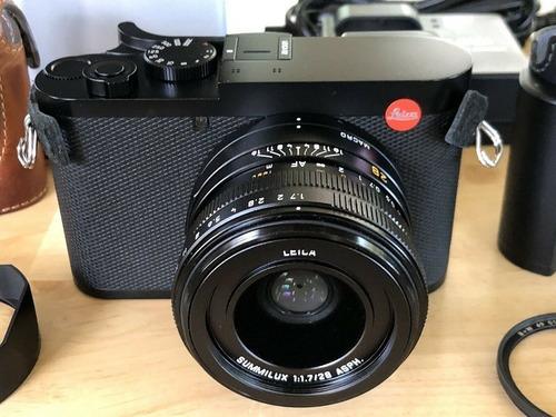 leica 19050 q2 digital camera - black