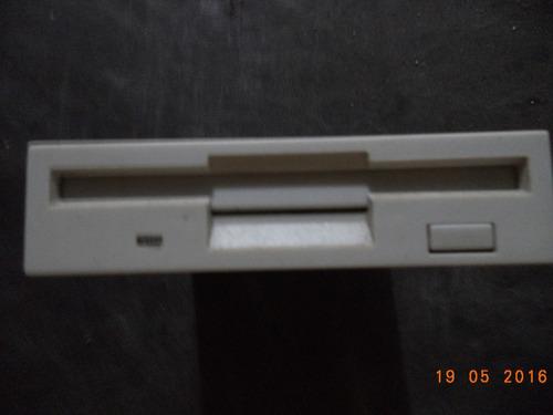 leitor e gravador de disquetes