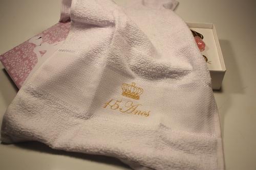 lembrancinha 15 anos debutante toalha bordada sabonete 40 cx