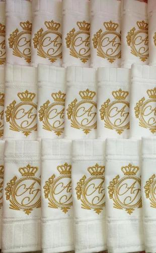 lembrancinha casamento toalha lavabo bordada personalizada
