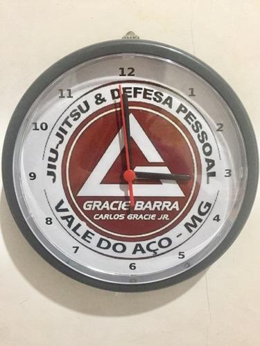lembrancinha relógio de parede personalizado