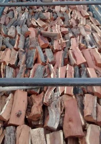 leña de algarrobo aromática para chimeneas parrillas fogata.